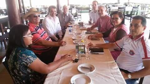 Potencial nome para ser a vice de Fernanda, vereadora Dineide Ramos (PR), chegou a participar de almoço entre lideranças politicas que teve como cardápio as eleições de Bacabeira, por onde pré-candidata do PMN, esposa de Hilton Gonçalo, pretende concorrer ao cargo de prefeita