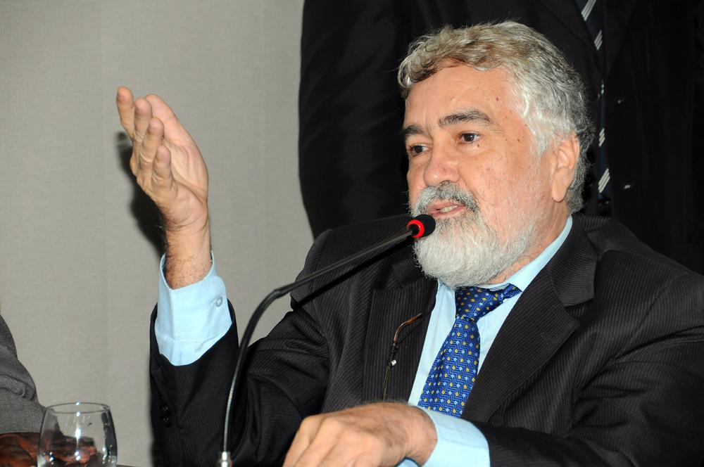 Vereador Sebastião Albuquerque (PRP) vai pedir dispensa dos interstícios para matéria ser apreciada.