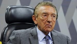 Senador maranhense é suspeito de receber R$ 5,5 milhões da Odebrecht para interferir em projeto.