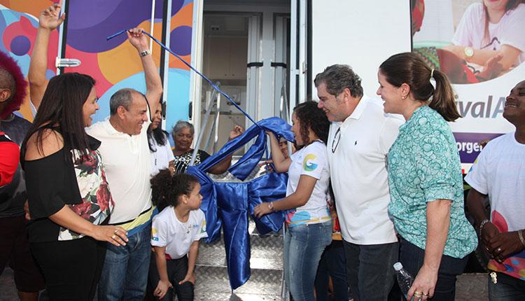 Iniciativa do vereador Genival Alves integra o Projeto Saúde na Comunidade, que visa oferecer serviços básicos do setor à população